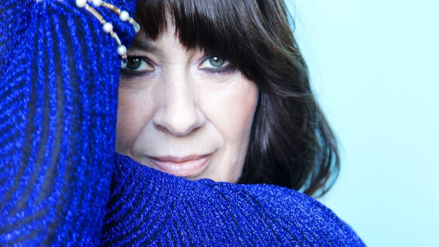 Torsdag den 8. juli kan albumaktuelle Marianne van Toornburg opleves live, når hun giver koncert under åben himmel i Toldkammergården med sit band Melankolikerne. Foto: KV/PR