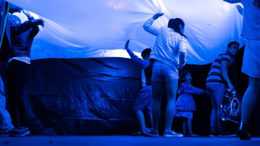 Sidste år kunne de besøgende ved Trekantområdets Festuge gå på opdagelse i oplevelsestunnelen lavet af unge design- og lyddesignerstuderende med støtte fra ungepuljen.  Foto: Emil Lyngbo