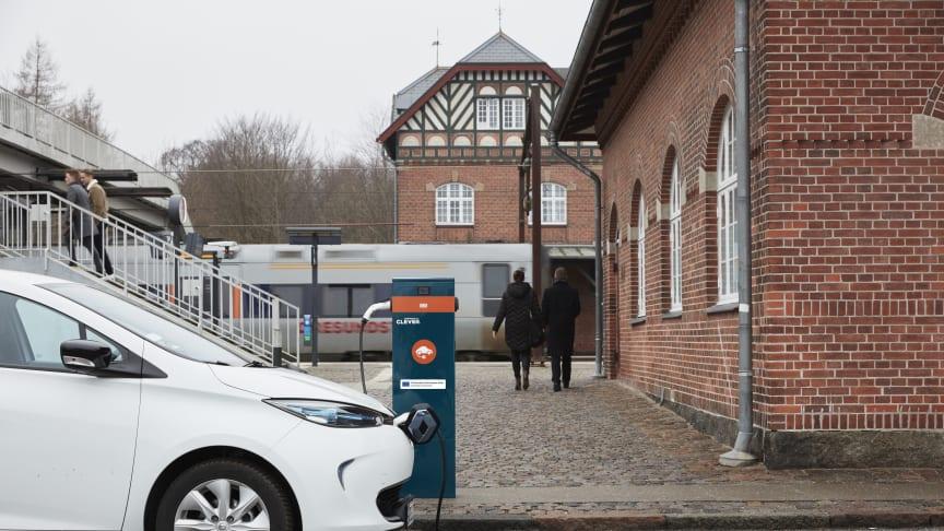 120 nya laddstationer från Clever finns nu uppsatta vid trafikknutpunkter i Öresundsregionen
