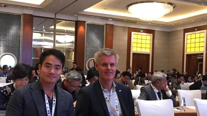 Thaison Vu (Vietnam) og Einar Thorén (Norge) er blant Trainors delegater på IECEx-konferansen. Foto: Trainor