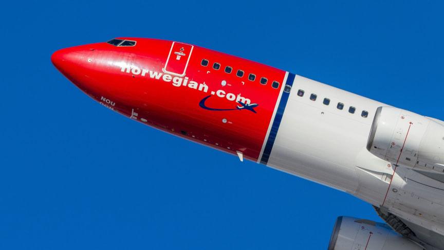 Norwegian 737-800  Foto: David Peacock