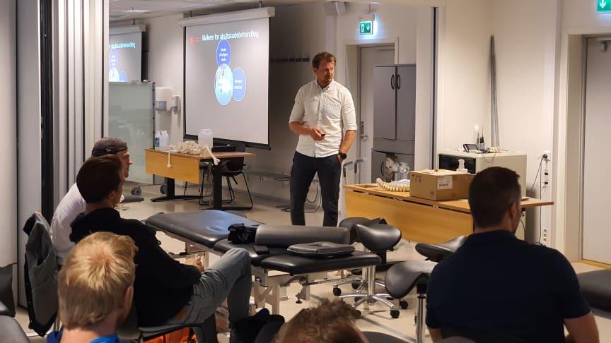 Undervisning ved Høyskolen Kristiania, videreutdanningen i idrettsmedisin.