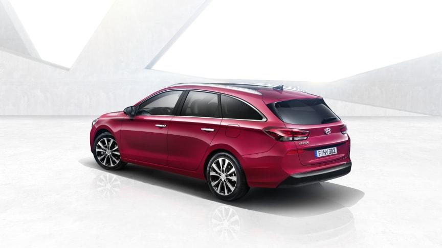Hyundais nye stasjonsvogn i30 Wagon vil spille en viktig rolle under presentasjonen, sammen med IONIQ ladehybrid og konseptbilen FE Fuel Cell.