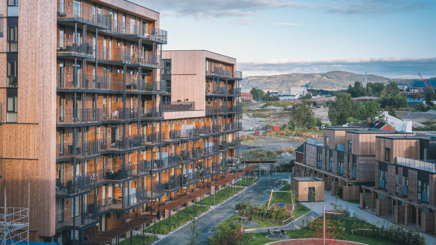 Lilleby, Trondheim, Norway. Thermowood-D panelling (150m3) has been used, delivered by premium partner Woodify AS, fire-impregnated with Woodsafe Exterior WFX. Photograph: Woodify A/S and Anders Øvergaard: