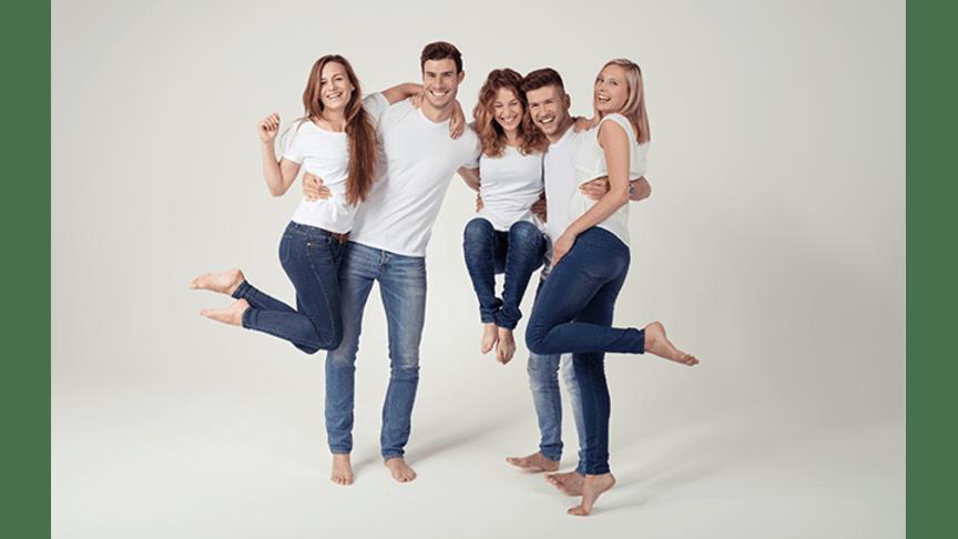 Schöne und gepflegte Füße müssen einfach sein. Darin sind sich Frauen und Männer einig. Bild: contrastwerkstatt | stock.adobe.com