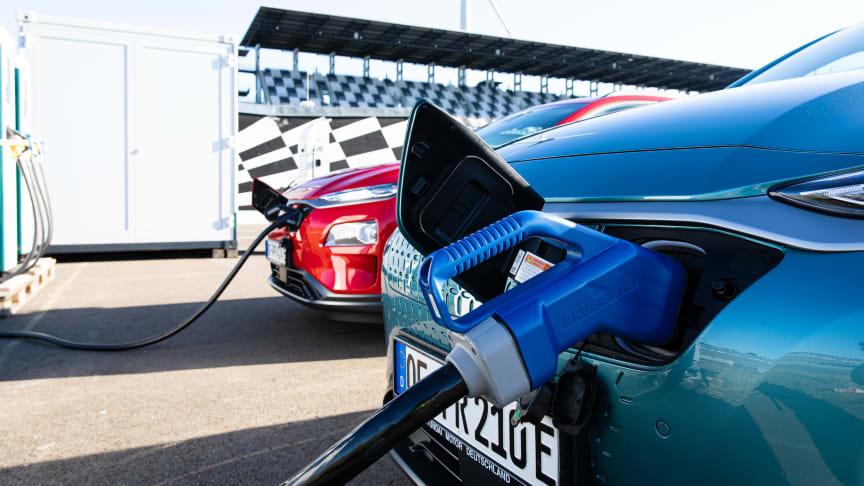 Hyundai Kona Electric gjøres klar for hypermiling. Foto: Hyundai