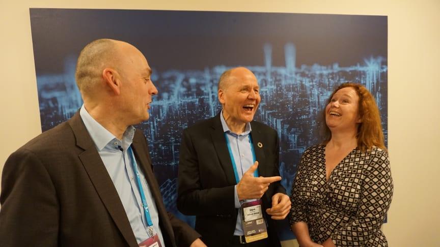 Telenor's management announces that the company will launch a new 5G pilot in Norway  (LTR: Bjørn Ivar Moen, Sigve Brekke and Ingeborg Øfsthus). Photo: Anders Krokan