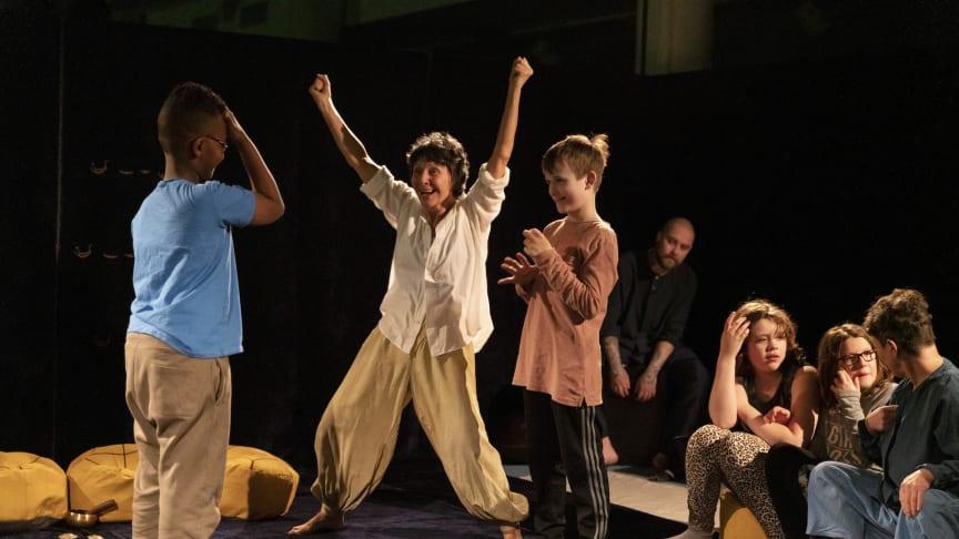 Från föreställningen Shakespeares hjärtslag, Scen:se