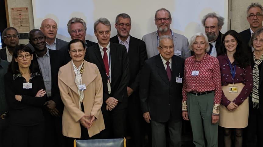 Gruppen bakom BRIDGES vid mötet i Paris, juni 2019.