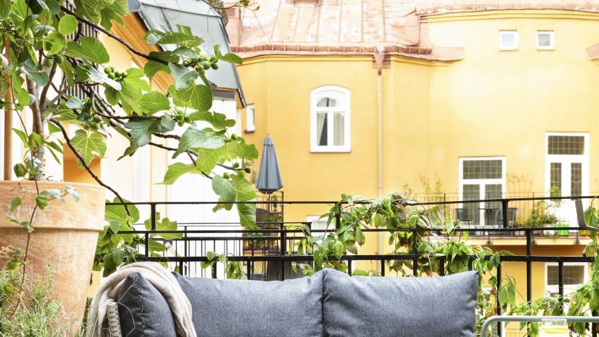 Rusta_S2-2020-balkong_Lissabon-3delar