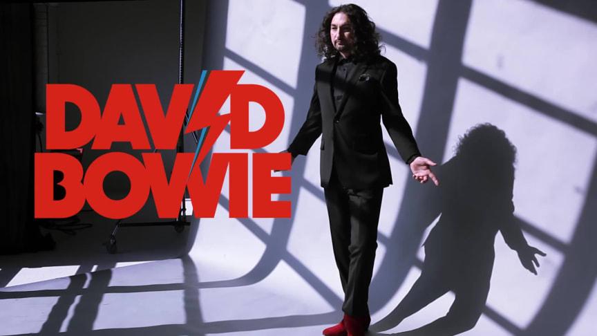 Thomas DiLeva tolkar David Bowie