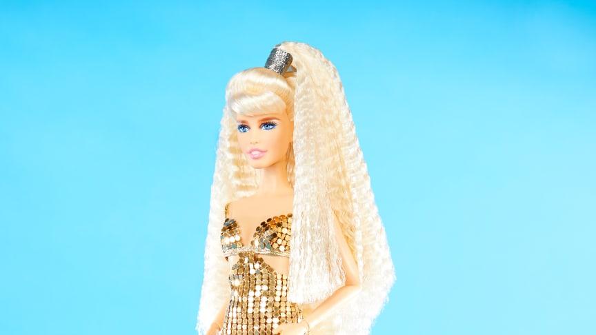Barbie Unikat als Hommage an eine Vogue Italia Doppelseite geshootet von Ellen von Unwerth im Jahr aus 1994