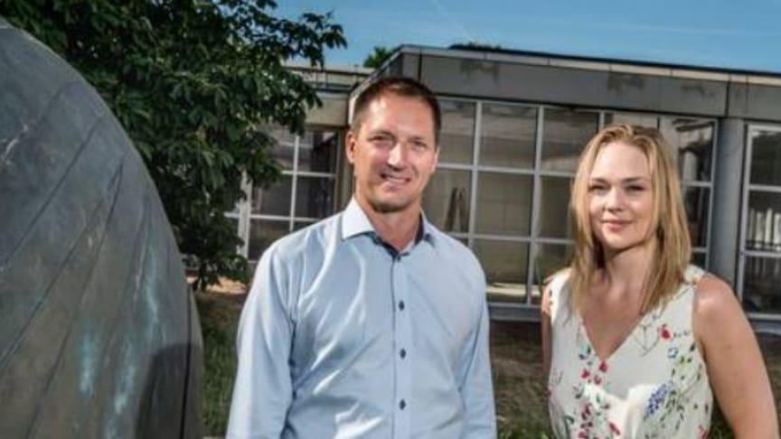 Ejer Michael Lehm og køkkenchef Karina Thorstensen fra Restaurant Støberiet i Holstebro glæder sig over samarbejdsaftalen med Indkøbsforeningen Samhandel omkring outsourcing af deres indkøb