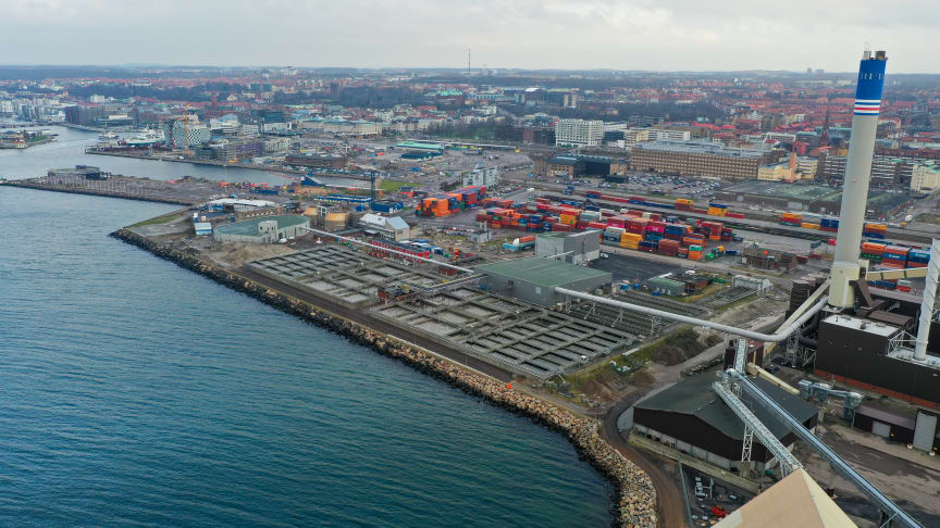 Nu är överbyggnaden av avloppsreningsverket Öresundsverket i Helsingborg klar. Foto: Anders Kjellberg