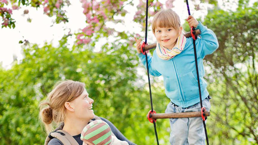 Mamma pappa lam - att vara förälder och ryggmärgsskadad
