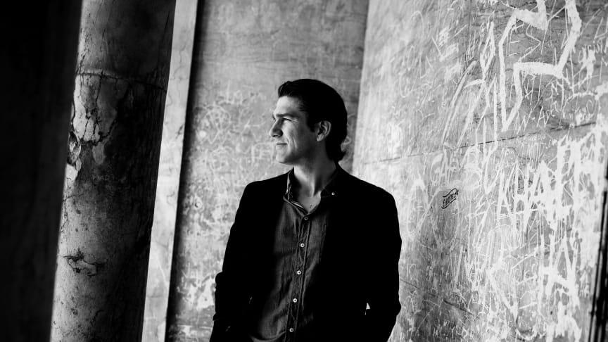 Nikolaj Koppel er vært ved Kronprinsparrets Priser 2014