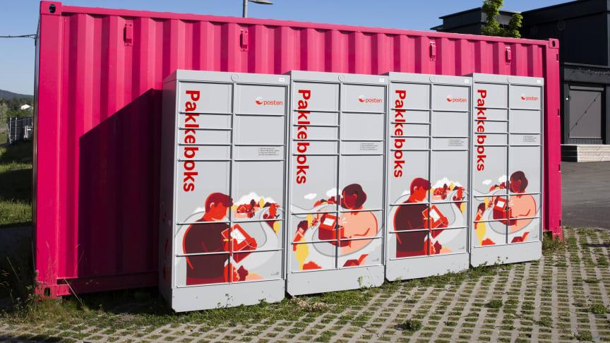 Henting i akkebokser er en av flere utleveringsmuliugheter Posten tilbyr stadig flere av. Foto: Håvard Jørstad