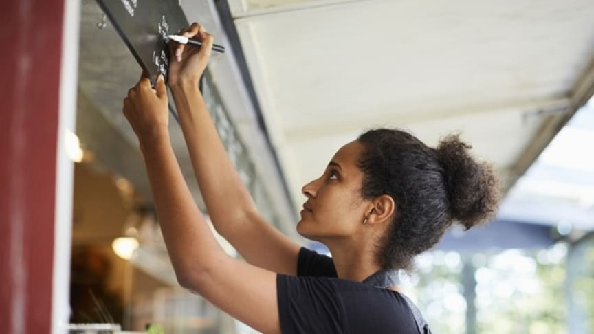 Fler vägar till jobb och företagande för utrikes födda kvinnor