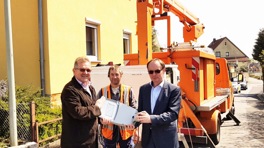 Straßenbeleuchtung der Gemeinde Schönbrunn wird energieeffizienter und klimaschonender
