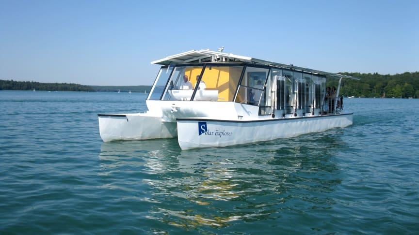 Auf eine Erkundungstour geht es mit der Solar Explorer auf dem Werbellinsee.