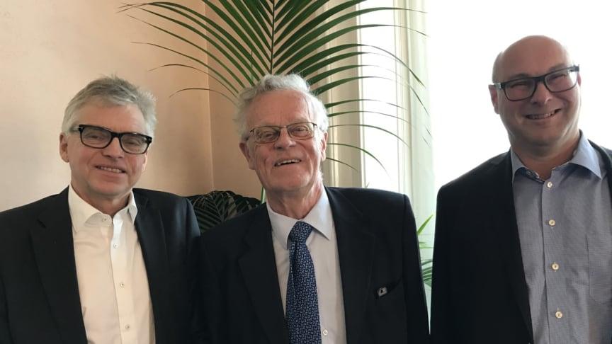 Per Åsling (c), Björn Eriksson, ordförande Riksidrottsförbundet, Jörgen Hellman (s) vid dagens riksdagsseminarium.