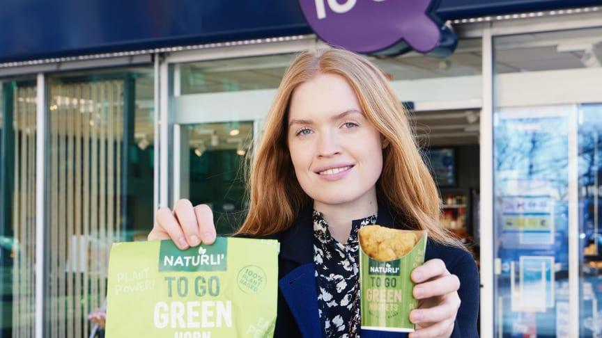Flere grønne måltider på farten: Kyllingefri nuggets og plantebaserede pølsehorn på over 100 tankstationer