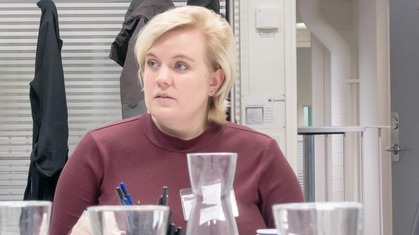 En av föreläsarna under Nolia Beer är Malin Andersson. Hon är inte bara ölsommelier och erfaren provningsledare utan också Certified Cicerone®. Dessutom är hon ordförande för juryn under mässans öltävling.