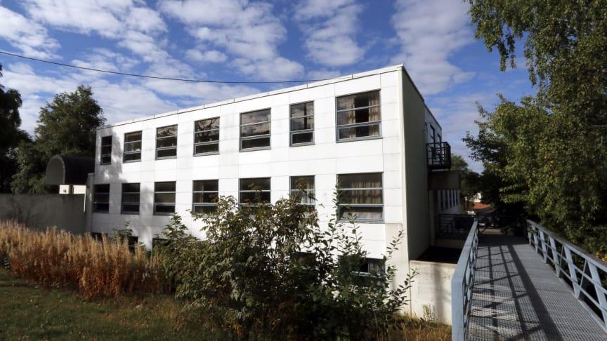 Næringsbygget i Kjelsåsveien 114 skal rives. Foto: Boligbygg