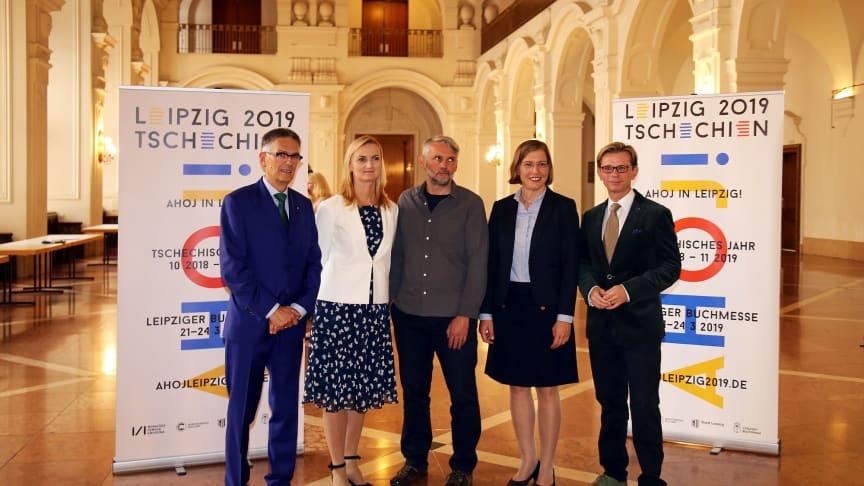 Petr Borkovec (m.) wurde im Neuen Rathaus in Leipzig herzlich begrüßt - Foto: Sandra Rath