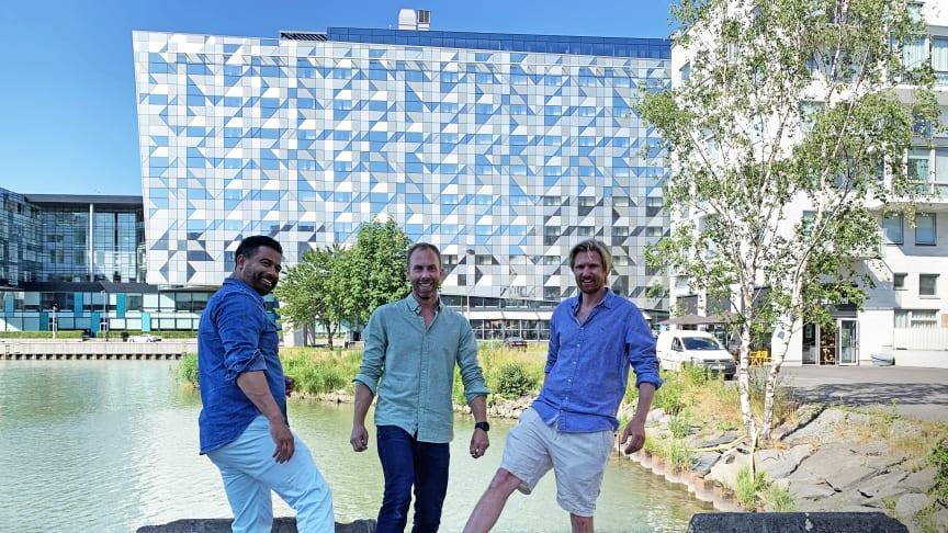 Sebastian Vithal, Älvstranden Utveckling och Eric Cardell och Victor Ericson från Calere Fastighets AB.