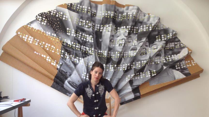 """Textilarbetares hemliga språk i utställningen """"Kod"""""""