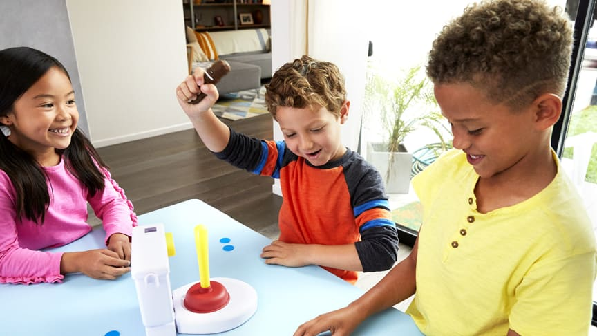Kacka-Alarm- Kids Playing_2