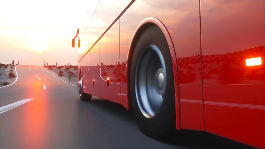 Motor, hydraulik, bränsle och elinstallationer utgör de stora brandriskerna på ett fordon.  Nya regler i Europa gör att fler och fler bussar förses med släcksystem.