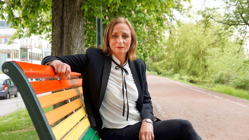 Med den nya samverkansstudien kan Eva Schömer återknyta till sin tidigare forskning inom arbetsrätt, som kretsat kring självbestämmande och rätten att leva ett värdigt liv.