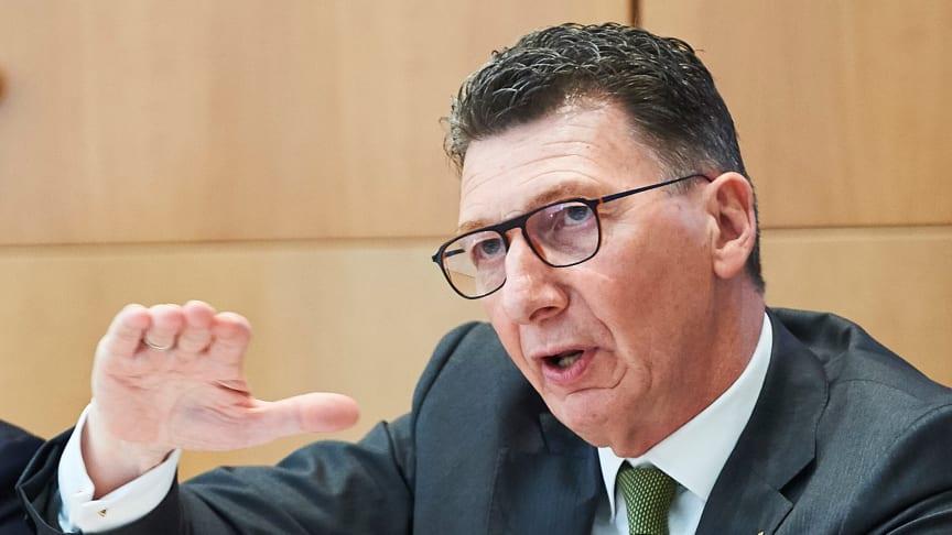 Vorstandsvorsitzender Ulrich Leitermann konnte für die SIGNAL IDUNA auf ein sehr zufriedenstellendes Geschäftsjahr zurückblicken. Foto: SIGNAL IDUNA