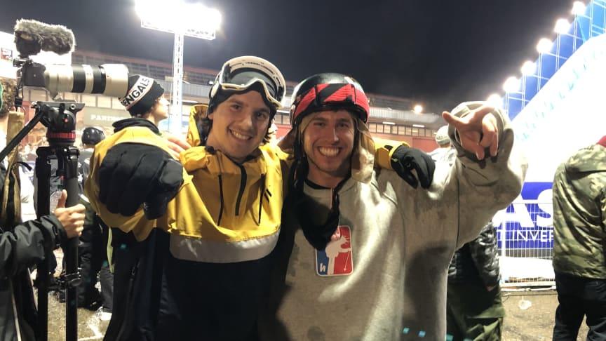 Jesper Tjäder och Henrik Harlaut sjua och fyra i kvällens big-air- freeskifinal i Modena.