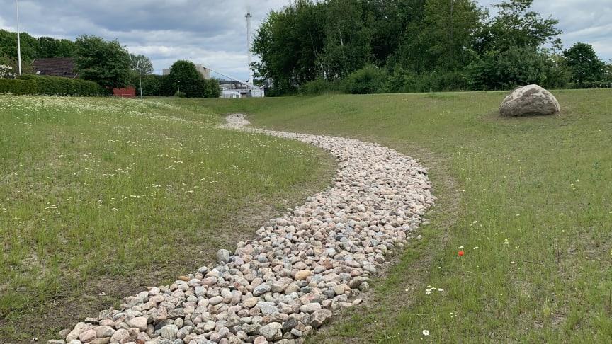 På Fibergatan i Billesholm är ett fördröjningsmagasin för kraftiga regn färdigställt sedan något år tillbaka.
