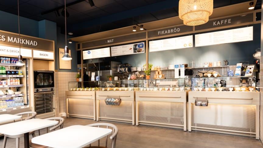 Waynes nya kafé i Enköping