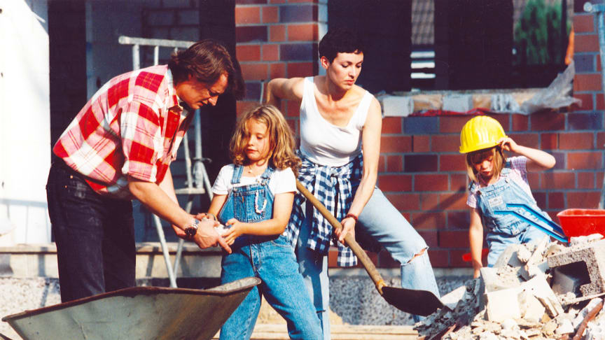 Hausbau: Gesetzliche Unfallversicherung für Helfer ist Pflicht
