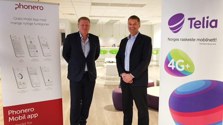 Fornøyde: Thore Berthelsen, administrerende direktør i Phonero, og Abraham Foss, administrerende direktør i Telia Norge.