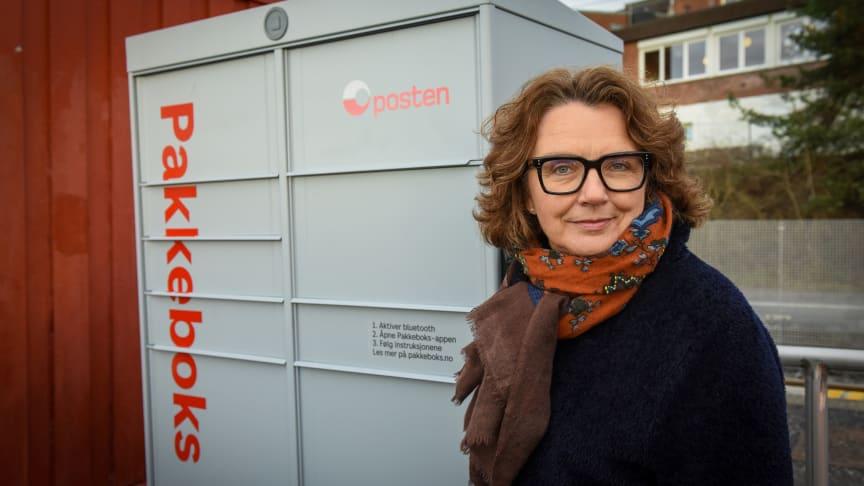 Posten skal sette ut 3000 pakkebokser i løpet av 2021, forteller konsernsjef Tone Wille.