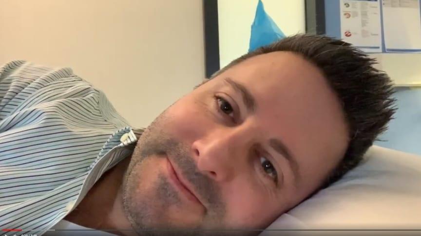 Carsten Frederik Buchert leidet nicht an Präventiophobie. Er filmte seine eigene Koloskopie