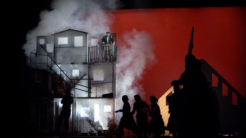 Pressbild från musikalen Pelle Erövraren 2 - den stora kampen.
