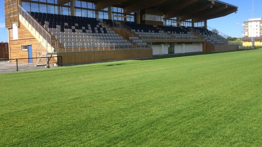 Lagavallen i Ljungby - Sveriges första hybridgräsplan