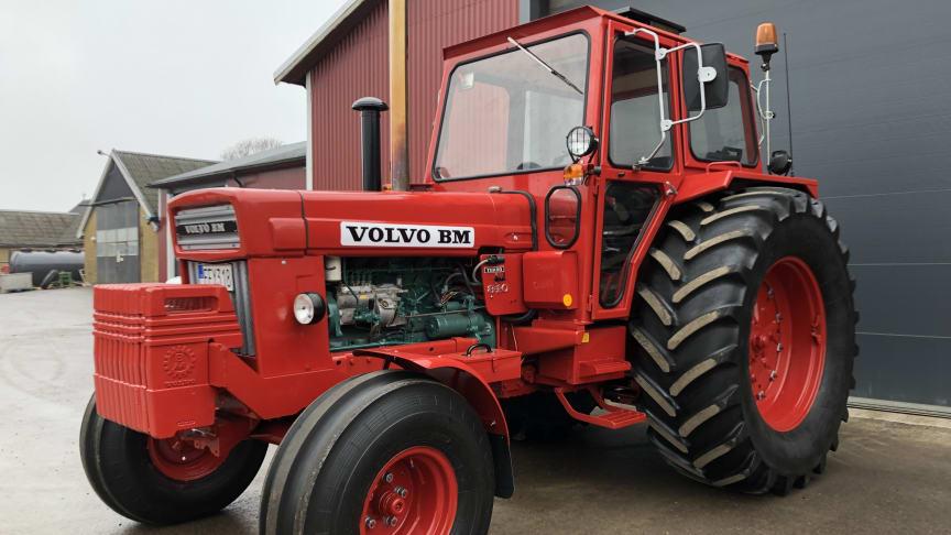 Volvo BM-traktorerna är populära just nu. Det hittills högsta slutpriset nåddes av den här 810:an i början av april, med ett vinnande bud på 505.000 kronor.