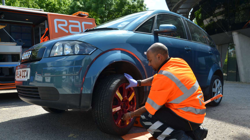 RAC patrols repair four out of five cars at the roadside on average in 30 minutes.