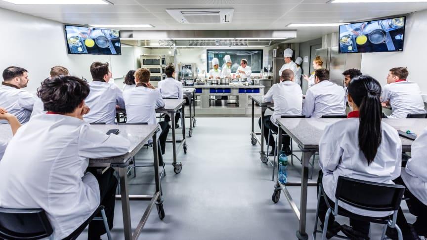 Den globala kulinariska arenan direkt in i världens bästa klassrum