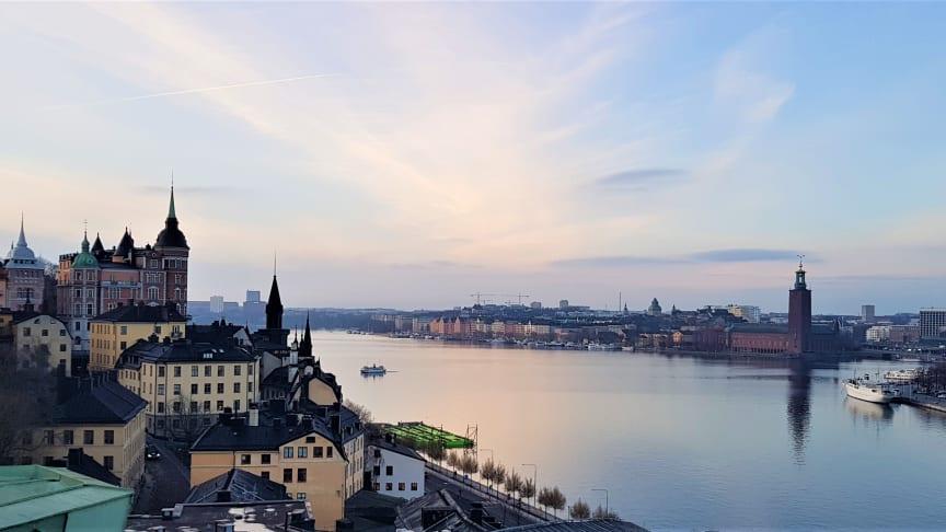 Tryggt mottagande - hur fungerar stödet till äldre i Stockholm efter utskrivning från sjukhus?