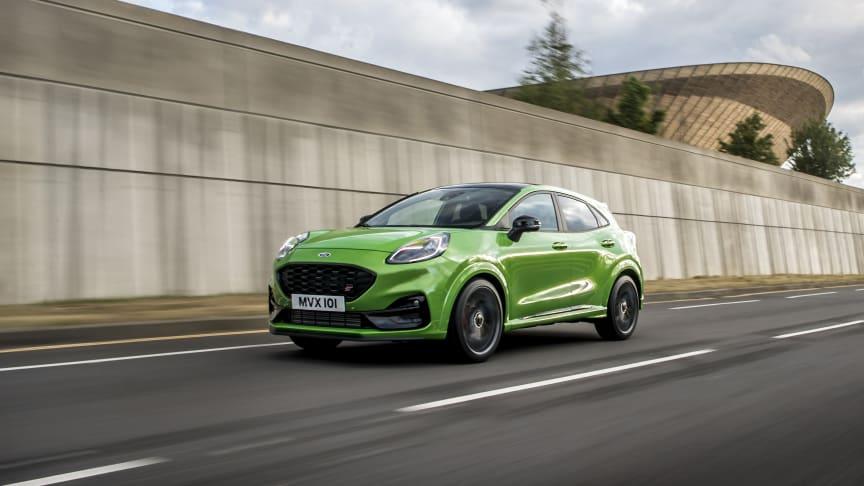 Nu presenterar Ford helt nya Puma ST –hyllad kördynamik i en kompakt SUV