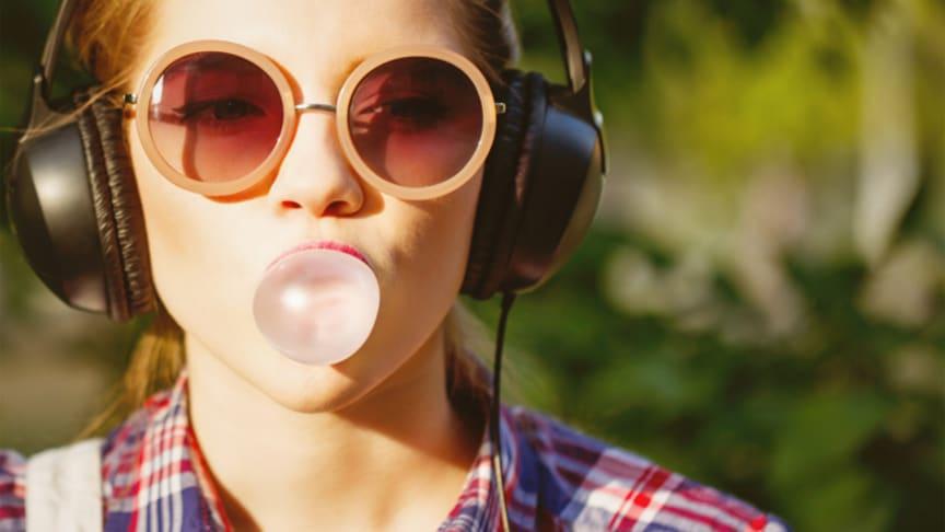 Music Freedom gjør at Telias kunder kan strømme musikk gratis - det gjøres best med gode høyttalere og hodetelefoner.